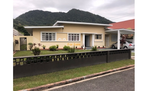 Diego Martin Home For Sale: Strathayes Avenue